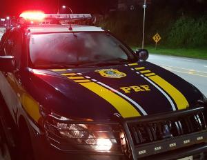 Suspeitos foram detidos em abordagem de rotina da PRF; sequestro ocorreu em 22 de julho, na cidade de Itapema, em Santa Catarina