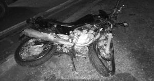 As causas dos acidentes com motocicletas, como o que matou a jovem Amanda no último sábado, podem ser distintas, mas as dinâmicas têm sempre em comum a brutalidade