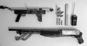 A prisão de oito suspeitos de fabricar e vender armas e munições para traficantes de drogas no Estado é um exemplo da estratégia que aos poucos pode afetar a criminalidade