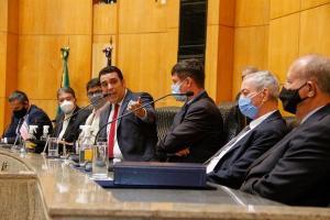 Deputados estaduais decidem na próxima segunda-feira (1°) quem vai ser o próximo presidente da Assembleia. Único candidato na disputa, Erick está 'virtualmente eleito'