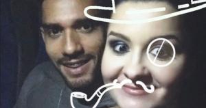 Educador físico de Vila Velha teve fotos com a ex revividas na internet por fãs que logo foram lembrar a cantora sertaneja do romance com o atual brother