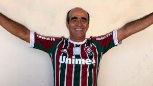 Dr. Coutinho (Cidadania) foi transferido para o quarto de um hospital particular em Vitória neste domingo (28). Segundo a prefeitura, ele tem apresentado melhora no seu quadro clínico geral