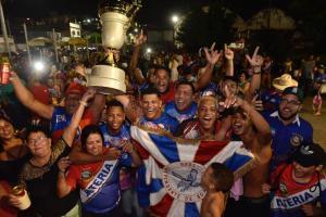 Os últimos anos foram marcados pelo revezamento de troféus entre três escolas de samba e a seca de título da maior campeã da história do Carnaval de Vitória