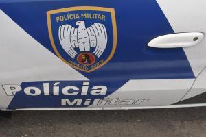 Carro, joias, televisores e celulares foram levados pelos bandidos, na manhã desta quinta-feira (25). Polícia conseguiu recuperar a caminhonete
