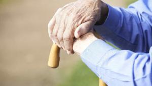 A sexóloga Virgínia Pelles acha que a única que coisa que falta aos idosos é a empatia, da nossa parte