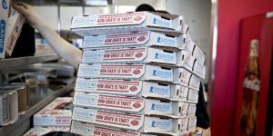 Domino's Goes It Alone on Delivery