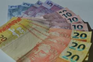 A estimativa foi divulgada pelo Ministério da Economia nesta quinta-feira (15), no âmbito do projeto da Lei de Diretrizes Orçamentárias (PLDO)