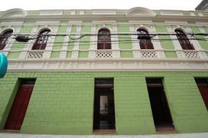 Espaço cultural do Centro de Vitória está com 90 vagas presenciais e outras 30 remotas para variadas oficinas destinadas a crianças e adultos
