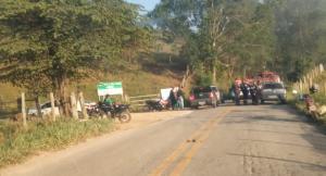 A vítima, Rocsana Magnago, seguia com sua moto pela estrada que liga as localidades de Aracuí e Estrela do Norte