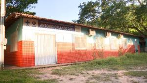 No início do mês, marido da profissional foi flagrado atendendo pacientes no lugar da esposa, em uma unidade de saúde no interior do município