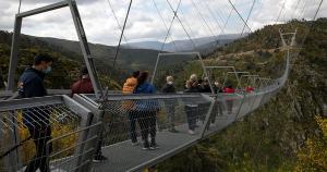 Ponte possui 516 metros de comprimento e 175 metros de altura. Imagens são de tirar o fôlego!