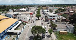 Próximo às praias de Manguinhos e Jacaraípe, o bairro da Serra tem uma localização privilegiada com comércio diversificado e acesso a importantes eixos viários