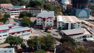 O Centro Universitário São Camilo-ES acredita que o meio escolar é o palco onde acontece a construção do conhecimento