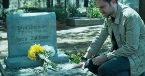 Série mexicana da Netflix, 'Quem matou Sara?' mira nas obras de Agatha Christie, mas acerta em cheio na pegada das novelas produzidas no México