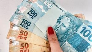 O estoque de compromissos soma R$ 227,8 bilhões, resultado da combinação de gastos com Covid-19