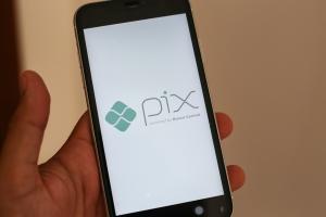 O lançamento do Pix trouxe facilidade no pagamento. Porém, com a nova modalidade, também vieram problemas de segurança de dados e golpes
