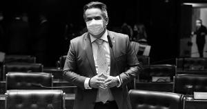 Reforma coloca Ciro Nogueira, do PP, no ministério que é a 'alma do governo', nas palavras do próprio presidente Bolsonaro