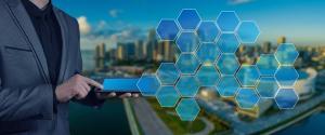 Em paralelo a inovações promovidas pelo setor privado, governos precisarão repensar a dinâmica dos serviços públicos para, com uso de tecnologia, melhorar a eficiência dos serviços