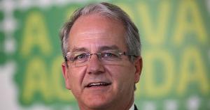 Nomeação de César Colnago aproxima grupo do ex-governador do presidente da Ales, que se diz pré-candidato ao Palácio Anchieta