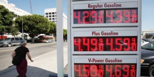 Rising California Gasoline Prices Highlight Growing Divide in U.S.