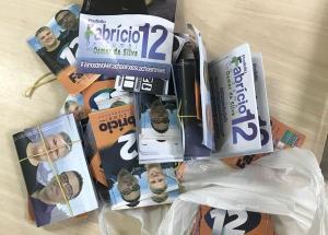 A operação Voo da Madrugada visa combater o derramamento de santinhos nos locais de votação. Candidato a vice-prefeito em Cachoeiro de Itapemirim foi preso