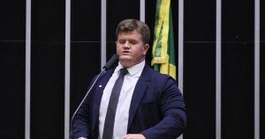 Deputado elegeu-se pelo PSB, partido do governador, mas está de saída da legenda e tem planos de disputar o Palácio Anchieta