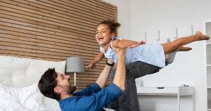 Qual é o perfil do seu pai? Selecionamos os parceiros que podem te ajudar a tornar essa data especial dentro de seis perfis de pais