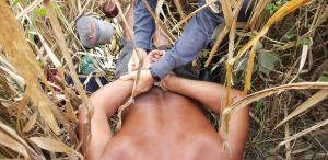 Homem foi encontrado em um matagal de difícil acesso por policiais militares, em Ecoporanga. Ele levou comida, café e cobertores para ficar escondido no local