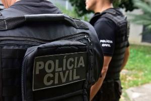 Agente acusado de chefiar uma quadrilha em Guarapari cumpre pena e também não poderá exercer outro cargo ou função pública pelo período de cinco anos