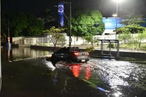 As fortes chuvas que atingiram o Estado na noite de quarta-feira (17) causaram vários pontos de alagamento, tanto na Grande Vitória, quanto no interior