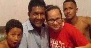 Para Alex Sandro dos Santos, de 44 anos, pai de três filhos – o mais novo com apenas 8 anos, ter salvado uma criança de 5 anos no dia 19 de janeiro de 2019 de se afogar na piscina de um condomínio na Serra transformou sua forma de agir diante da vida
