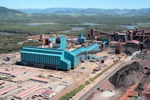 Grupo formado por fundos estrangeiros diz que, na prática, a mineradora está pedindo o perdão de dívidas e beneficiando apenas seus sócios, a Vale e a BHP Billiton