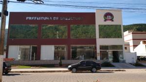 Município, que tem pouco mais de 12 mil habitantes, tem atualmente três médicos atuando na cidade, segundo o portal da transparência
