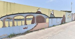 Registros mostram arte em muros, placas e outras estruturas no tradicional bairro canela-verde. Veja as fotos