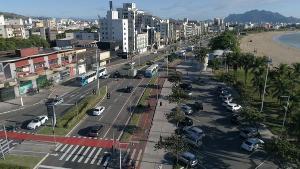 Longos trechos da cidade ficaram 'às escuras' após vários episódios de roubos de cabos e fios de cobre; a previsão é de que problema seja sanado na praia de Camburi em até cinco dias