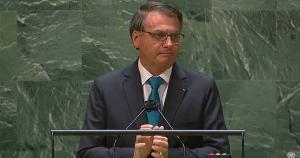 O presidente responde à politização dos ex-governos de esquerda politizando, ele também, seus discursos na ONU, só que à direita. Gosta quem gosta, não gosta quem não gosta