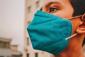 Diretora da Opas diz que vacina é fundamental no combate à pandemia, mas que países da América Latina e Caribe ainda não receberam doses suficientes para imunização abrangente