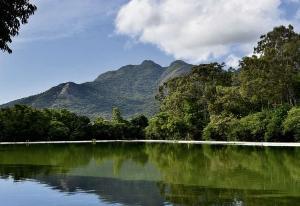 Entre os espaços, que hoje são pontos turísticos e deixaram o imperador apaixonado no século XIX, estão o Convento da Penha, a Lagoa Juparanã e o Mestre Álvaro