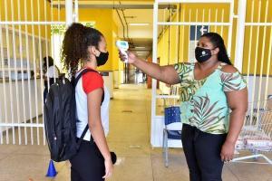 Secretaria da Educação apresentou o panorama das redes de ensino, que revela a incidência da doença nas comunidades escolar e acadêmica