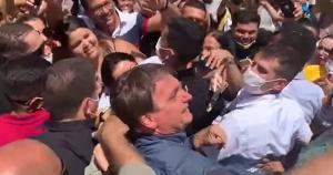 Os autores do vídeo afirmaram que o material foi produzido por um grupo de cidadãos 'inconformados com o prejuízo incalculável' do governo Bolsonaro e que seus autores 'preferem manter seus nomes privados'