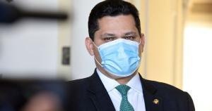 Os nomes dos deputados e senadores eram mantidos em sigilo por um acordo do Executivo com lideranças do Congresso para aprovação de orçamento e apoio ao governo Jair Bolsonaro