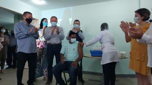 Condicionando a ampliação da vacinação contra a Covid-19 à chegada de mais doses, o governador do ES mostrou-se esperançoso em iniciar a imunização na população