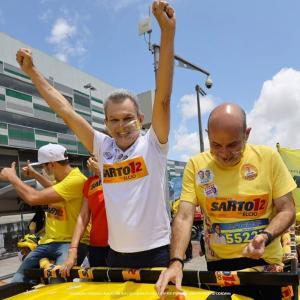 Encomendada pela TV Verdes Mares, a pesquisa Ibope publicada neste sábado ouviu 805 eleitores de Fortaleza entre 26 e 27 de novembro