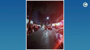 Na ação, as equipes dispersaram um ponto de aglomeração e apreenderam caixas de som; frequentadores reclamaram que policiais usaram spray de pimenta e bombas de gás