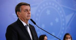 Na noite desta quinta (8), o ministro do STF Luís Roberto Barroso determinou a abertura de uma CPI no Senado para investigar eventuais omissões do governo no combate à Covid-19