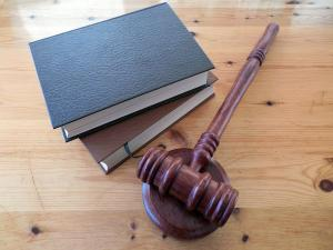 É a luta pela dignidade da pessoa humana que faz da advocacia não uma simples profissão, mas uma escolha existencial