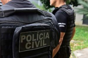 Homem de 25 anos foi preso na região do Parque Moscoso nesta quinta-feira (30), quando também foram realizadas buscas na casa de um advogado em Jesus de Nazareth