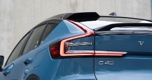 A diferença de preço de um carro desses quando falamos do 0 km comparado a modelos convencionais é bem grande. Mas quando se trata de veículos usados, a discrepância não é tanta. E para manter? Quais seriam os custos?