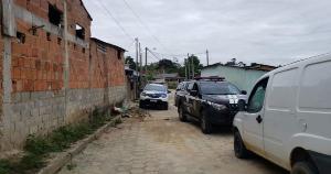 A Polícia Civil afirmou que os alvos da ação são suspeitos de estarem envolvidos no assalto com reféns no interior de Vila Valério em 4 de outubro