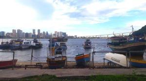 O local onde foi iniciada a colonização do Espírito Santo ganhará estrutura que dará suporte à colônia de pescadores e organizará a disposição das embarcações. Implementação do aquaviário ajudará projeto a sair do papel